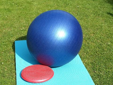 バランスボールは体幹トレーニングにピッタリ