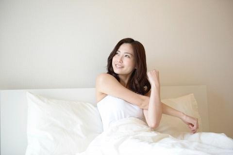 ベッドで仰向けで行う4つの大腰筋トレーニング