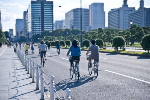 自転車ダイエットはサドルを上げてギアを下げる