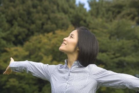 呼吸回数のコントロールで肩こりや冷え性が改善