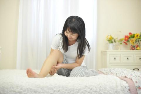 足のむくみの原因は呼吸によるポンプ機能低下