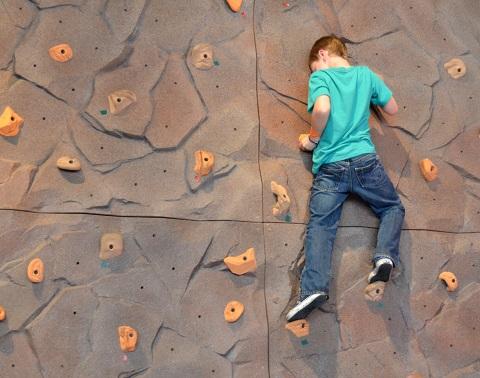 体を柔らかくする方法は体幹を基点とした動作