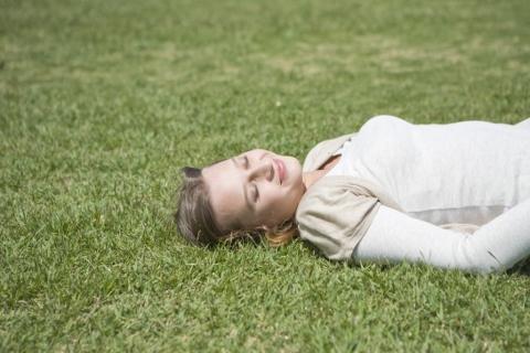 体幹インナーマッスルの鍛え方は仰向け腹式呼吸
