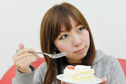 ケーキのカロリーの高さは甘さと関係がなかった