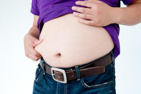 ぽっこりお腹の原因2タイプを見分ける方法とは