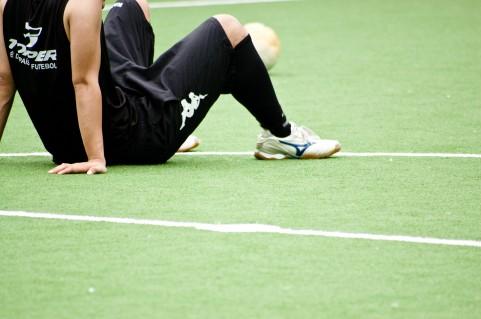 レッグレイズで体幹の連動性をアップする方法