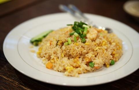 糖質制限で外食するなら白米より炒飯を選ぶべし