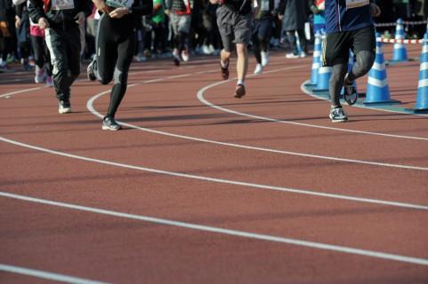 インターバルトレーニングは「1km走+2分ジョグ」