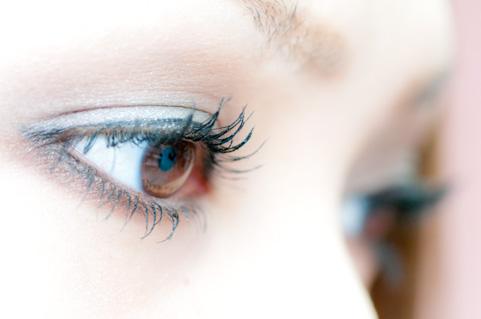 老眼が回復する遠近両用レーシックのメカニズム