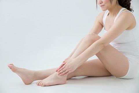 腸腰筋を緩ませるためには力を抜いて足を動かす