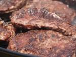 肉をダイエットだからと食べないと逆に太る