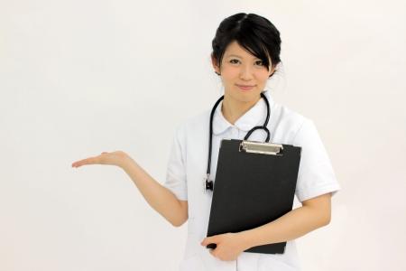 尿酸値が高い人は痛風だけでなく腎臓病にも注意
