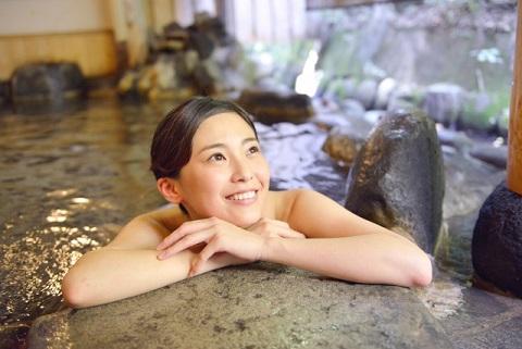 肌年齢が10歳以上も若返る箱根の温泉の入り方