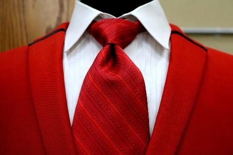 テストステロンを増やすなら赤い服を身につける