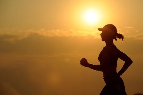 朝ランニングは脂肪を燃やすまでの時間を短縮