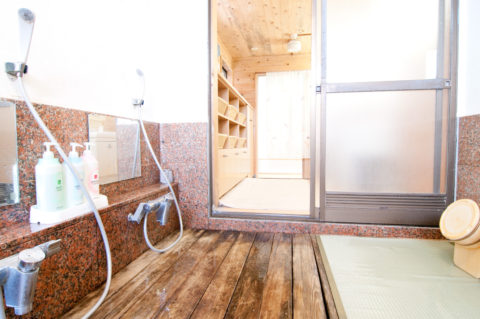 筋肉疲労の回復なら運動後は風呂でなくシャワー