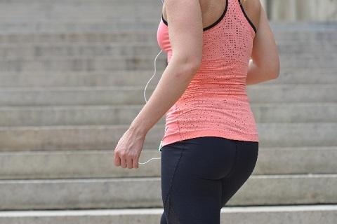 お尻の筋肉を育てて垂れ尻を解消する方法とは?
