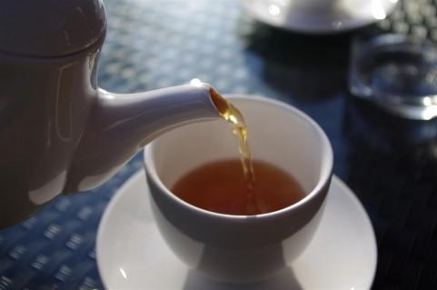 骨粗鬆症予防にはカルシウムより紅茶が効く理由