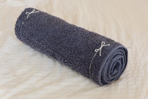 骨盤枕ダイエットを家のバスタオルで実践