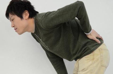 腹横筋をドローインで鍛えて腰痛予防