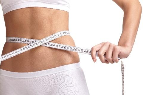ピラティスの効果は胸式呼吸による腹筋引き締め